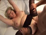 Big cock dude loves to cum on hot blonde slut's face after fucking her cunt
