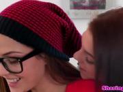 Teen girlfriend licking lesbian pussy