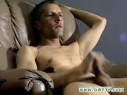 Young gay amateur porn That chubby lengthy man rod takes a lot of