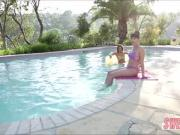 Natural babes Dana DeArmond and Abella Dangers fingers eachother by the pool