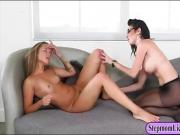 Dava Foxx n Liza Rowe intimate lesbian session on the couch